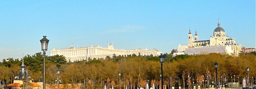 Palacio Real und Catedral de la Almudena in Madrid