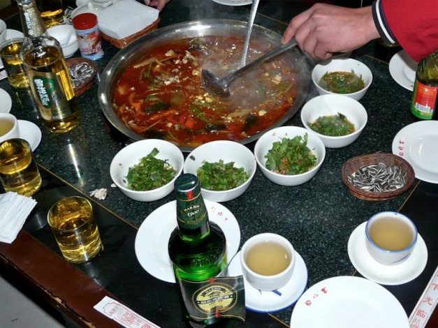 essen in china chengdu hot pot sehr scharf